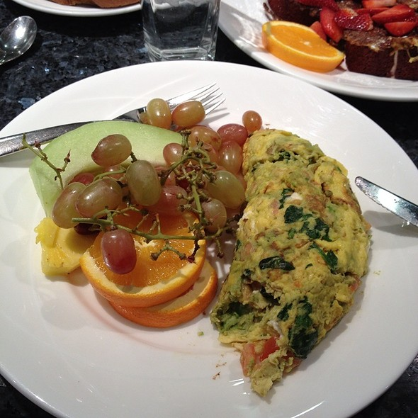 Mediterranean Omelette @ Yolk (River North)