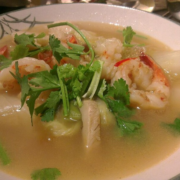 Chinese Cabbage And Shrimp Soup @ 海裕屋