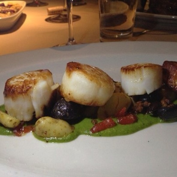 East Coast Dayboat Scallops With Salsa Verde, Chorizo, Kalamata Olive, Marble Potato @ Hibiscus