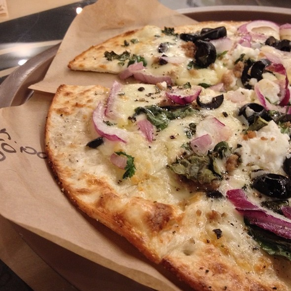 #4 With Meatball, Onion & Olives @ Pieology