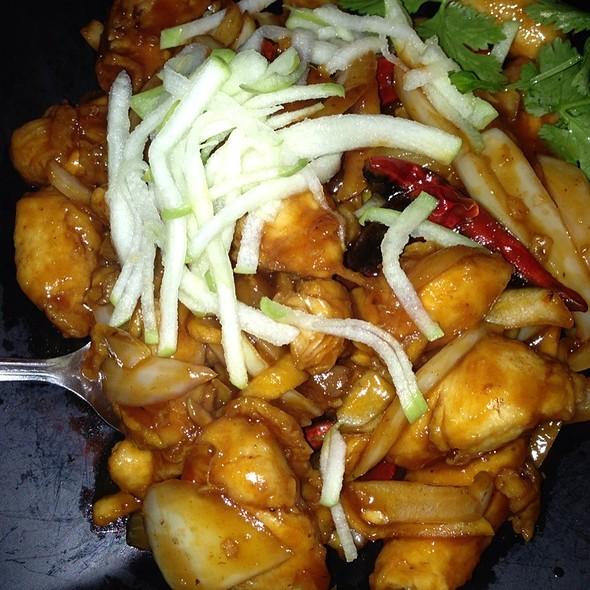 Chicken & Apples @ Taiwan Restaurant-Willow Glen