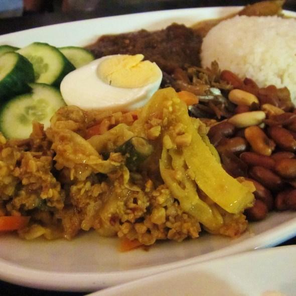 Nasi Lemak @ Jackie M Malaysian Cuisine