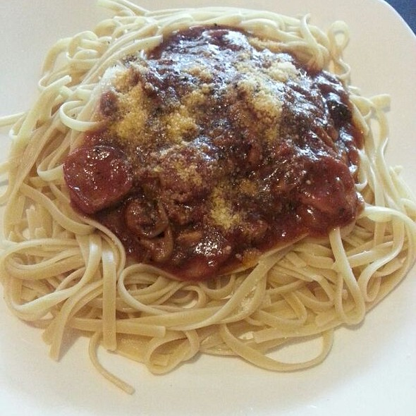 Pasta Pomodoro @ Zatazza Cafe