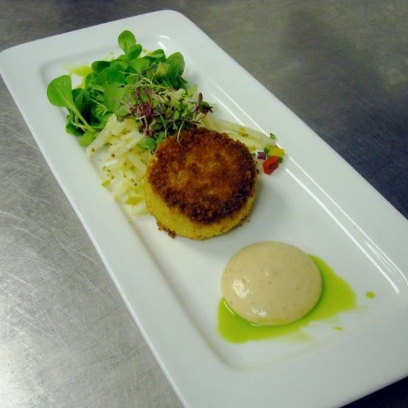 Crispy Sauteed Crab Cake Appetizer @ Thyme Restaurant