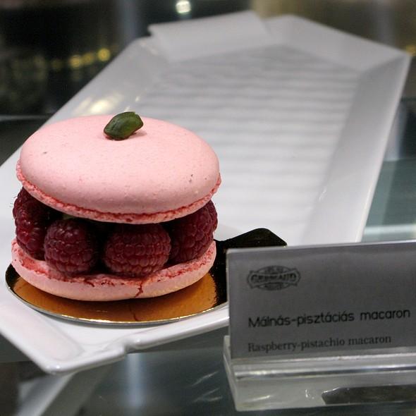 Raspberry Pistachio Macaron @ Café Gerbeaud