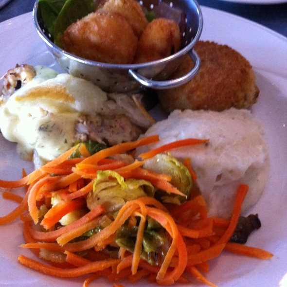 The Blue Plate - Riverwalk Restaurant - Yorktown, Yorktown, VA