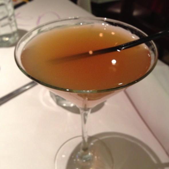 Blood Orange Cosmo @ Romanos Maccaroni Grill