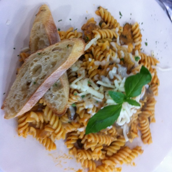 pasta with mushrooms @ I Piaceri Del Caffe