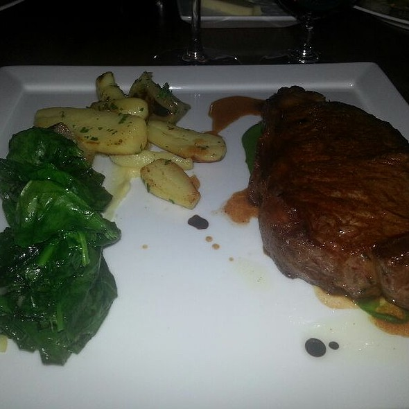 28 Day Dry Aged Ny Strip Steak - The Pluckemin Inn, Bedminster, NJ