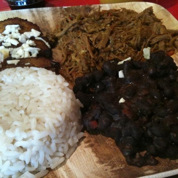 Pabellon @ Masas Arepa Restaurant