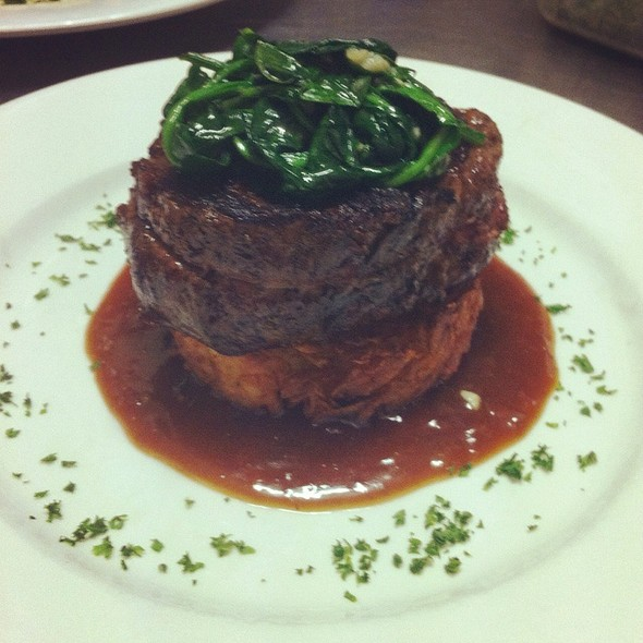 Scotch Fillet On A Crisp Potato Rosti, With Port Wine And Gorgonzola Jus And Wilted Spinach.  @ Chachi's Italian Restaurant