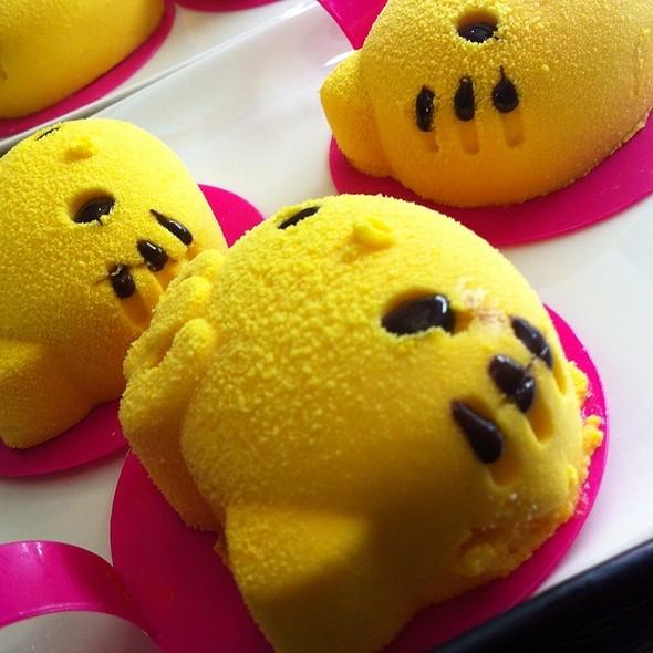Hello Kitty Mango Pudding @ Hello Kitty Cafe
