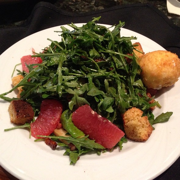 Arugula and Goat Cheese Salad - Smitty's Grill, Pasadena, CA