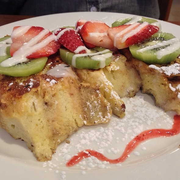 Signature Brunch French Toast