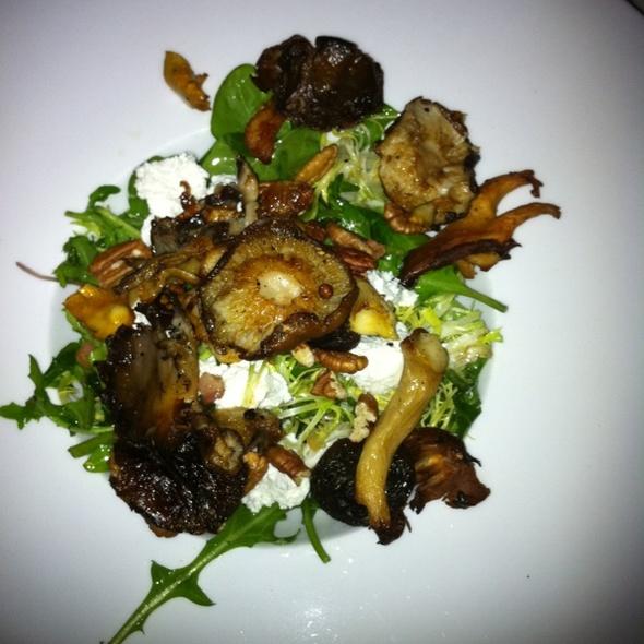 Roasted Mushroom Salad @ Farmhaus Restaurant