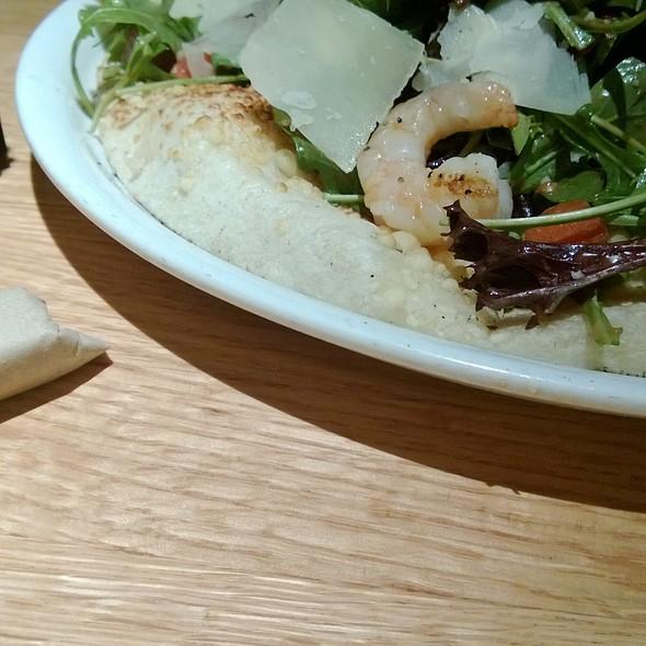 Tricolores Salad Pizza At California Pizza Kitchen