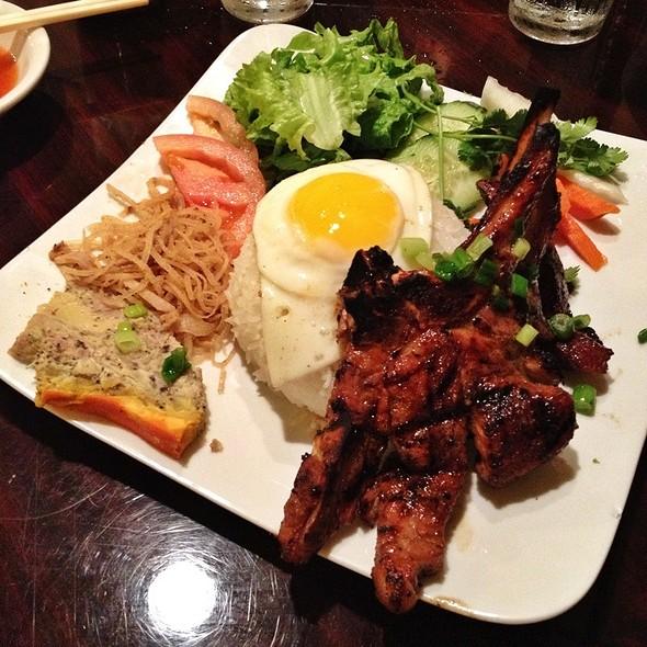 Vietnamese Grilled Pork Rice Plate @ Pho Vinh Restaurant