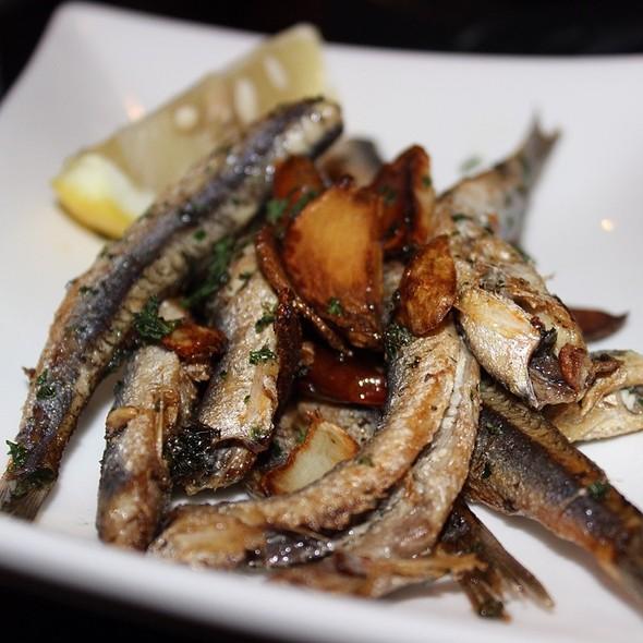 crispy fried anchovies