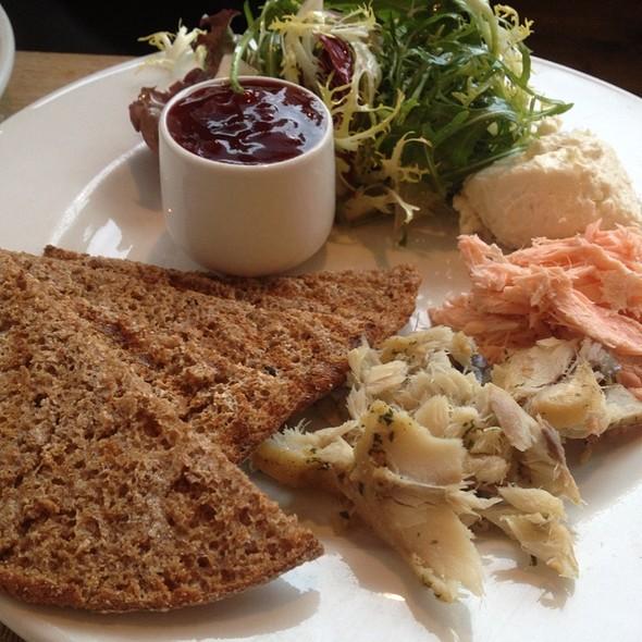 Parlour Cafe Menu Dundee Dd1 5ep Foodspotting
