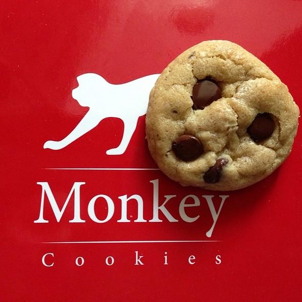 Monkey Chocolate Chip Cookies @ Monkey Cookies