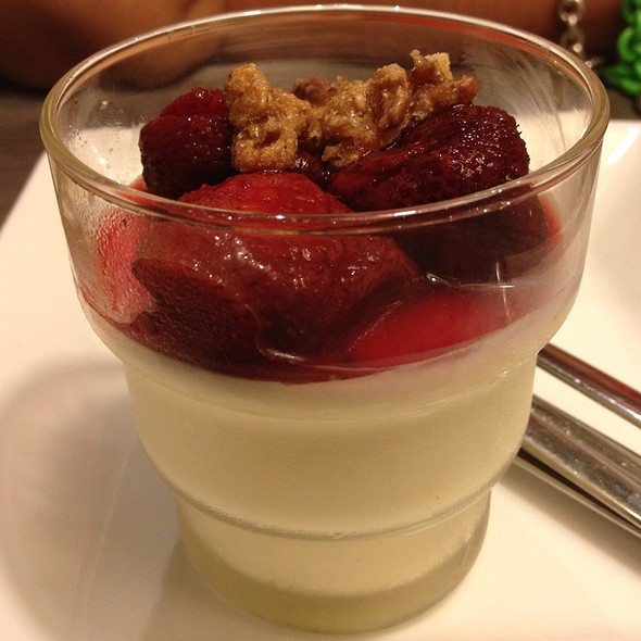 Strawberry Panna Cotta @ Parmigiano