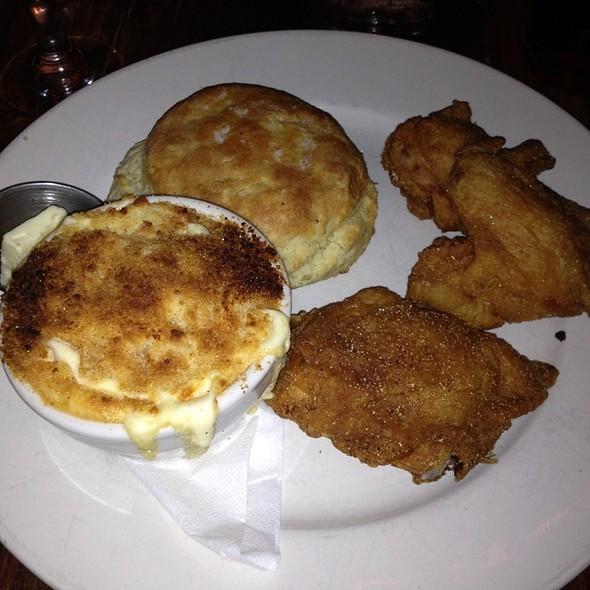 fried chicken @ Khyber Pass Pub