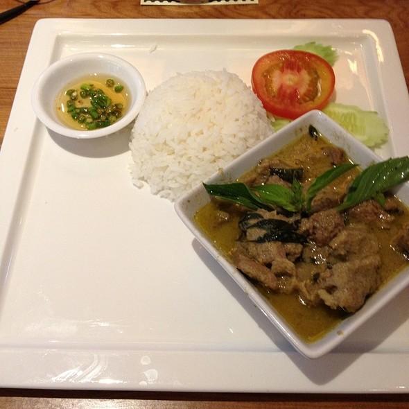 Thai Green Curry With Rice @ กิมเฮง ข้าวมันไก่ตอน