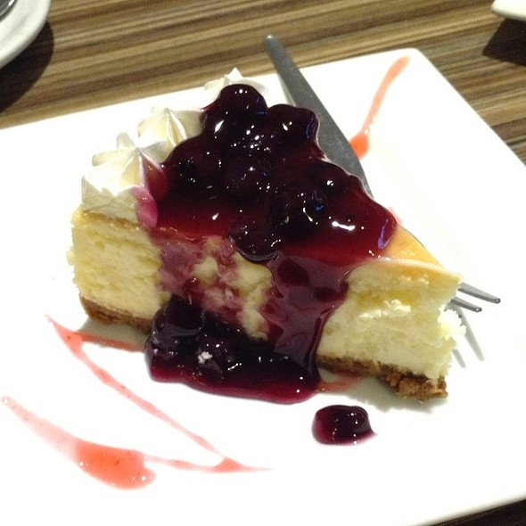 Blueberry Cheesecake @ Vizco's