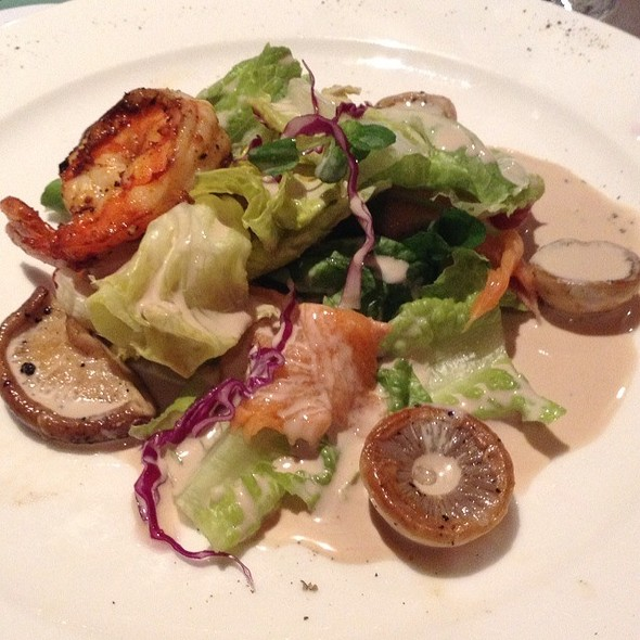 The Best Salad In The World @ Le Chef At The Manor