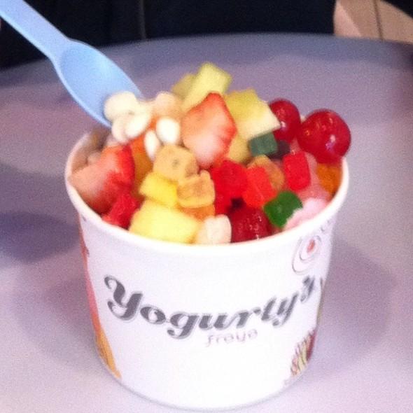 Frozen Yogurt @ Yogurty's Yogurt