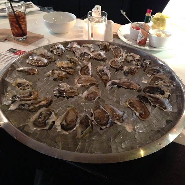Oyster Happy Hour - Flying Fish, Seattle, WA