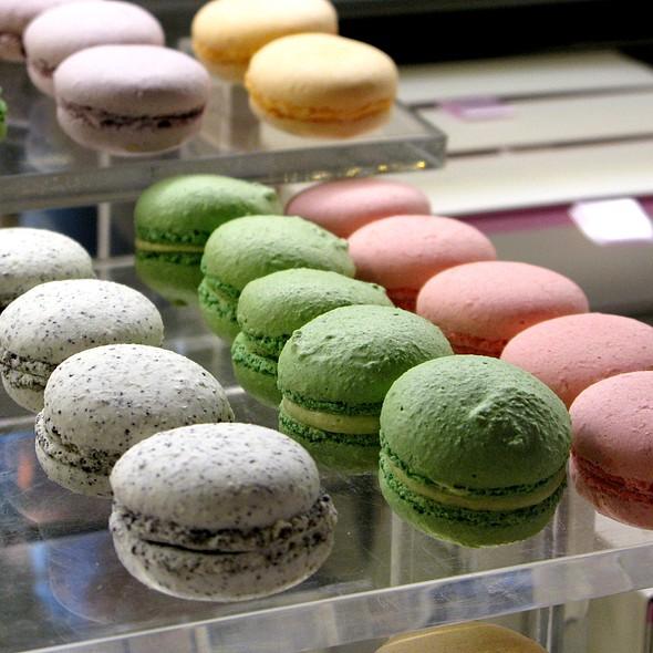 Macarons @ Café Gerbeaud
