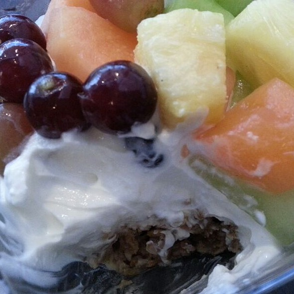 Fruit & Yogurt w/ Granola @ La Boulange