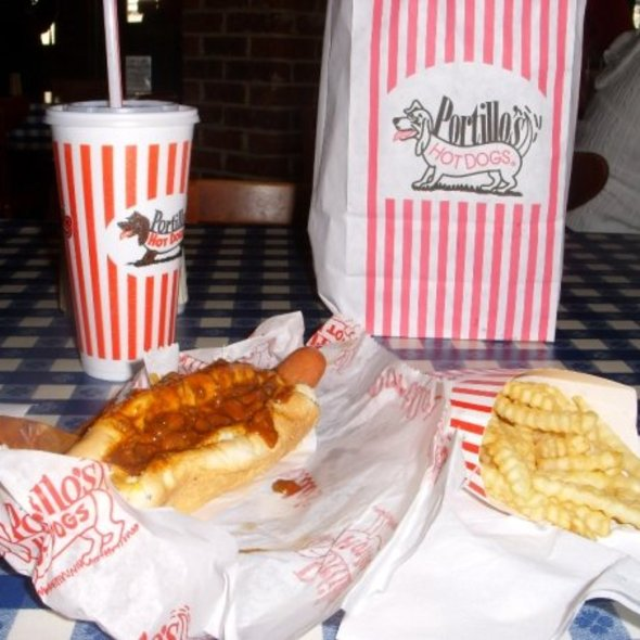chili dogs and fries @ Portillo's