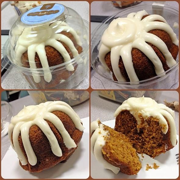 Pumpkin Spice Bundtlet @ Nothing Bundt Cakes