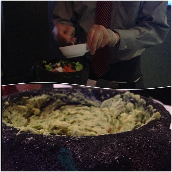 Guacamole and Chips @ Clyde's Frazier's Wine & Dine