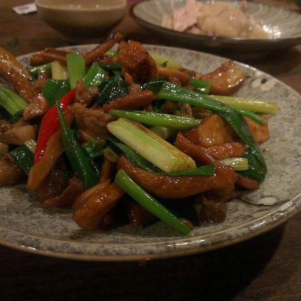 Hakka Style Mixed Stir-Fry 客家小炒 @ 晉江茶堂