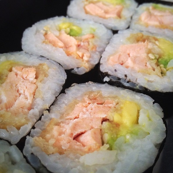 salmon tempura @ Sushi Town Delivery