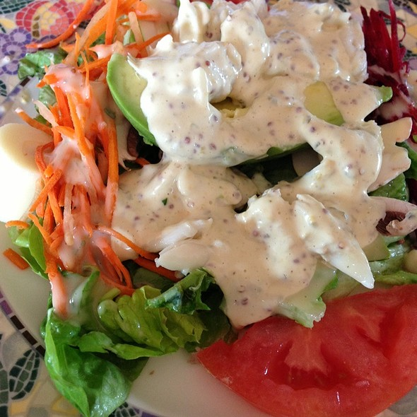 Lump Crab Meat Over Kathy Salad At Kathys Gazebo Cafe