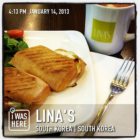 Light early dinner @ LINA'S