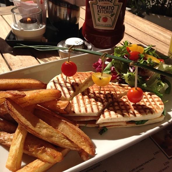 Turkey Sandwich With Pears @ The Breakfast Club