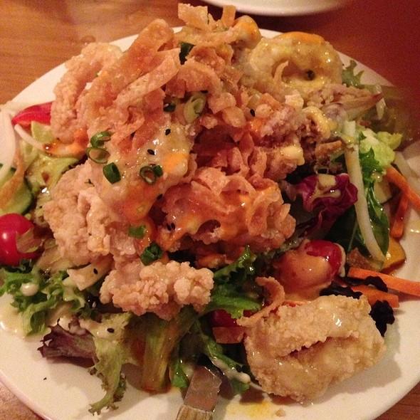Crispy Calamari Salad @ Lemongrass Bistro