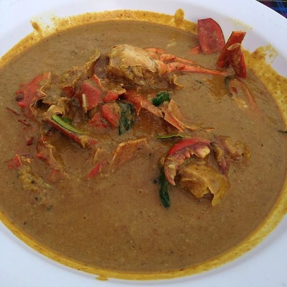 หมี่แกงปู - Crab Curry With Rice Noodle @ ระย้า   Raya Restaurant
