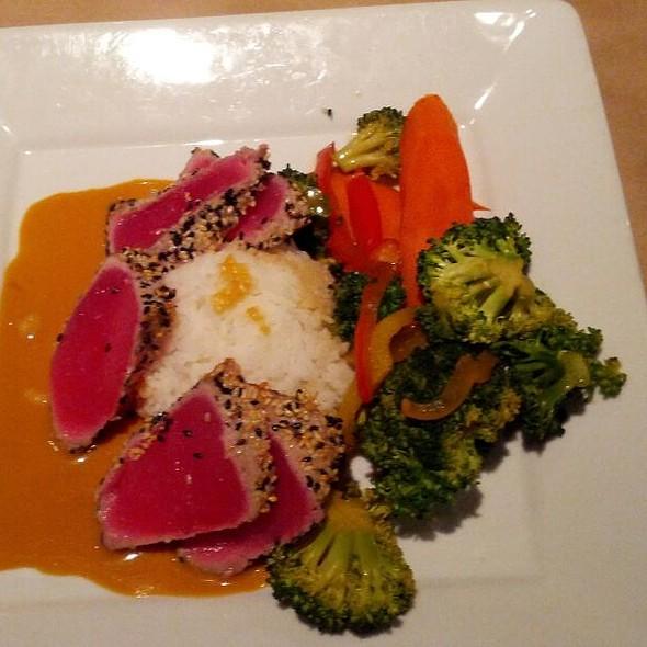 Ahi tuna - Epic Casual Dining, Midvale, UT