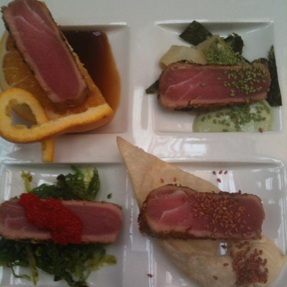 Tuna Sashimi @ Bob's Restaurant