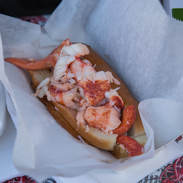 Lobster Roll (Sandwich) @ The Lobsta Truck