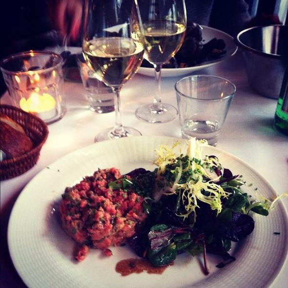 steak tartare @ Pastis ApS