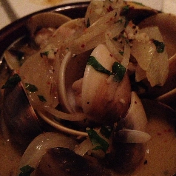 Sauteed Clams In Sherry Wine Sauce @ Chef Diary