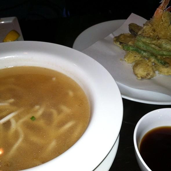 Shrimp Tempura Udon Noodle Soup