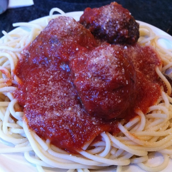 Spaghetti With Meat Ball @ Park Cafe